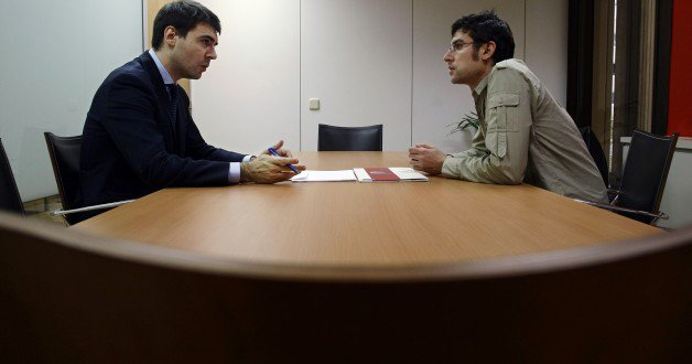 job-interview-meeting